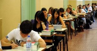 """Maturità, oggi """"quizzone"""" per 500mila studenti"""
