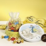 Latta rotonda Perugina Fantasia italiana di Luisa, con cioccolatini assortiti
