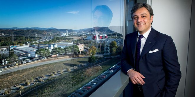 Luca de Meo, Presidente SEAT, è stato nominato alunno dell'anno 2017 dall'Università Bocconi