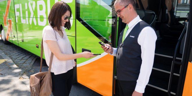 Da oggi negli store Mondadori aderenti sarà possibile acquistare una gift card per regalare fino a 100 € di viaggi in autobus con FlixBus
