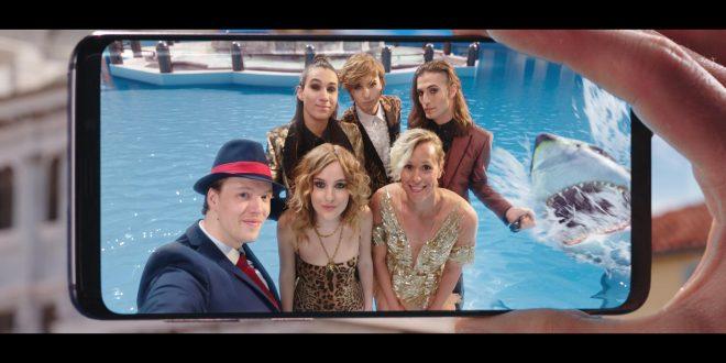 TIM insieme a Federica Pellegrini e ai Måneskin per il party acquatico più cool dell'estate