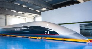 Hyperloop Transportation Technologies presenta la capsula per passeggeri in scala reale