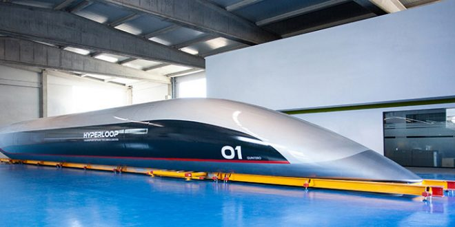 Hyperloop Transportation Technologies presenta la capsula per passeggeri in scala reale